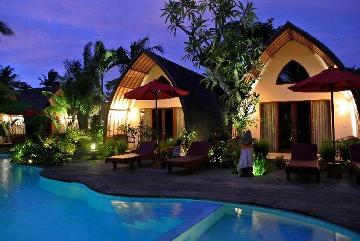 ''Klumpu Bali'' - это небольшой отельный комплекс из нескольких вилл