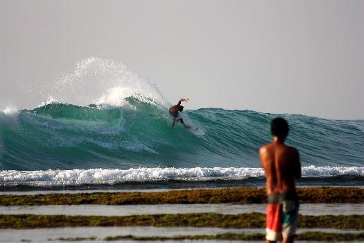 Серфинг в Улувату