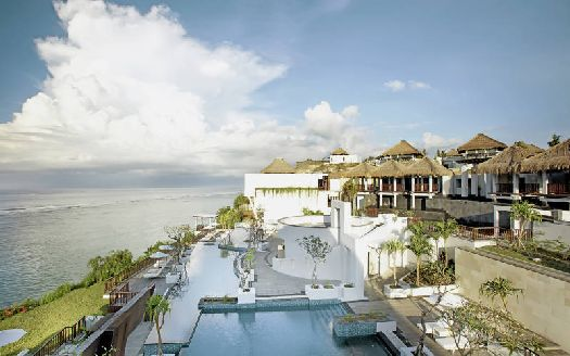 Комплекс вилл и бунгало ''Samabe Bali Suites''