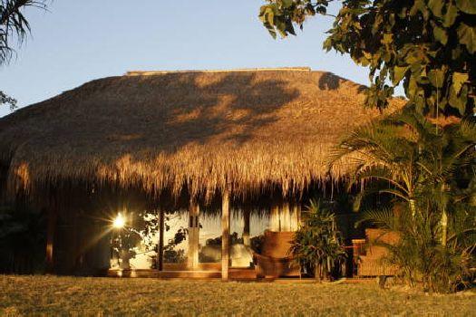Бунгало отеля ''La Cabane''