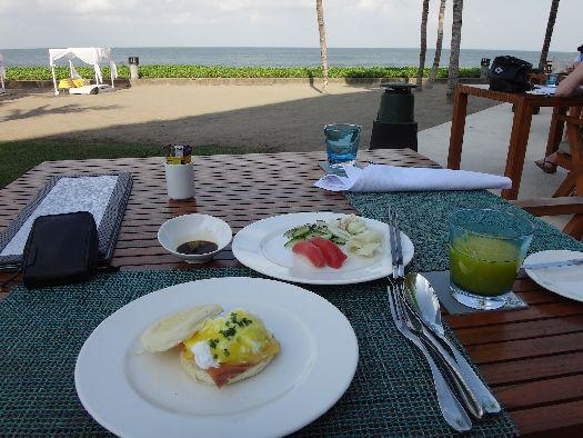 Завтрак в 3-звёздочном отеле
