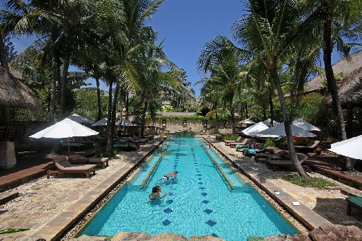 Практически при каждом 3-звёздочном отеле есть свой бассейн