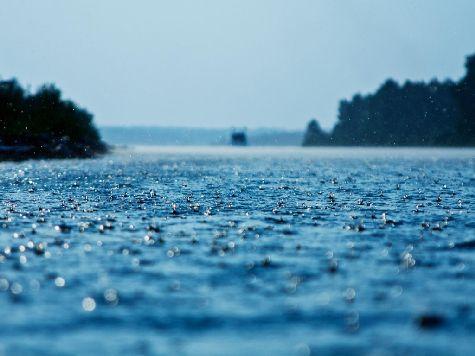 Многие считают, что и в сезон дождей на Бали можно провести не плохо время, однако если вы ожидаете идеальную погоду, то езжайте в сезон!