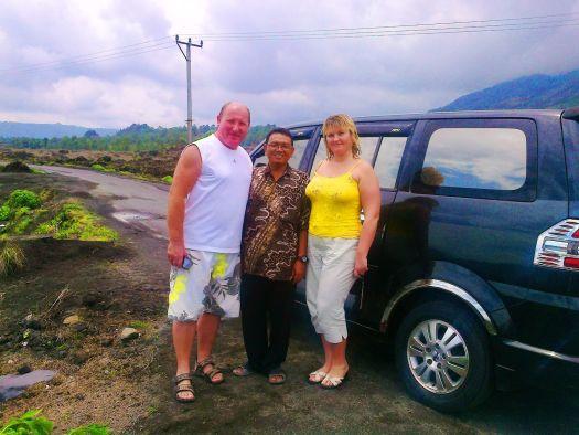Чтобы увидеть больше на Бали и сэкономить на организованных экскурсиях мы рекомендуем Вам арендовать авто или байк