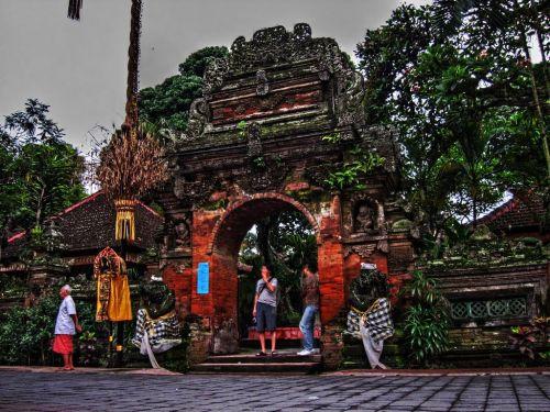 Королевский дворец Пури Агунг  - один из важнейших культурных центров острова Бали