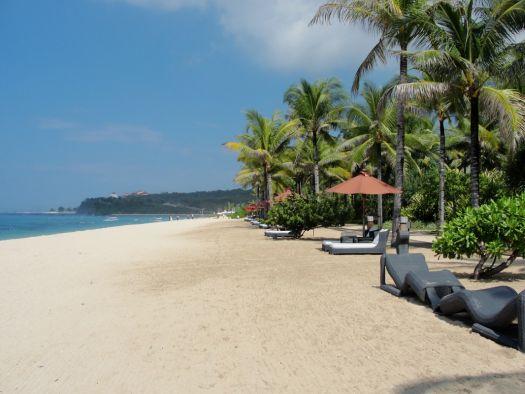 Необыкновенно красивые пляжи в Нуса-Дуа