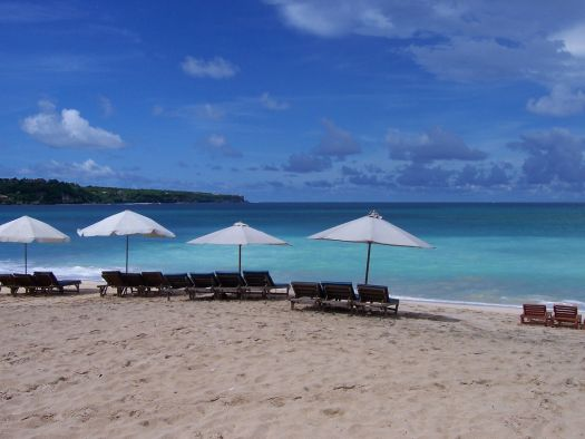 На курорте Санур на Бали Вы найдете умиротворение