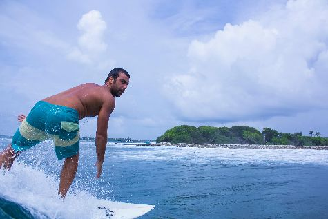 Серфинг на Бали возможен практически круглый год, особенно для начинающих серферов!